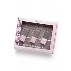 Beauty Survival Kit Ocleò Viso per una azione rigenerante dei tessuti, super idratante, antiossidante, schiarente, elasticizzante e ristrutturante: Coenzima Q10, Vitamina C e Acido Jaluronico tutti da 30 ml. EAN 8028909045863